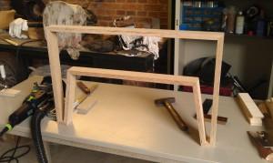 Tischgestell in Rohfassung